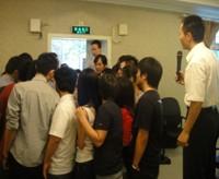 学员争取与林俞丞老师交谈