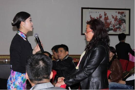 范琳姬老师与学员互动